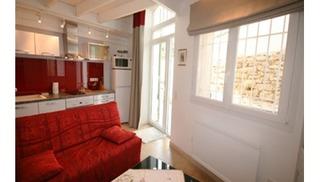 LES BALCONS DU PILON - N° 3567 - Salon-de-Provence